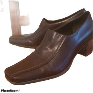 Vintage Square Toe Heeled Loafers